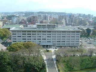 福岡高裁全景img-01.jpg